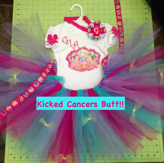 Princess set made for a special Little Miss. Gia who just recently kicked cancers butt and is now free of that evil thing!!  Brynlis Bows