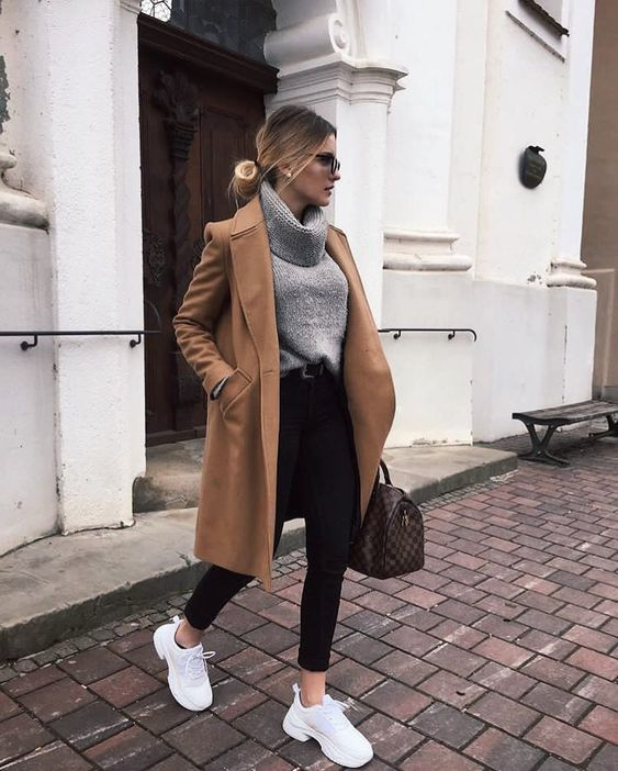 "Nathalie Larché on Instagram: ""Camel coats 🍂 *anzeige #camelcoat #autumn #woman #streetstyle #style #womensbest #styleinspiration #cold #pullover #womensfashion #fashion…"""