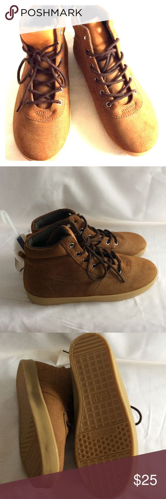 BNWT, Gap boots BNWT, suede hiker saddle, well made unisex boots, lined, great for school.  Beautiful camel color. GAP Shoes Boots
