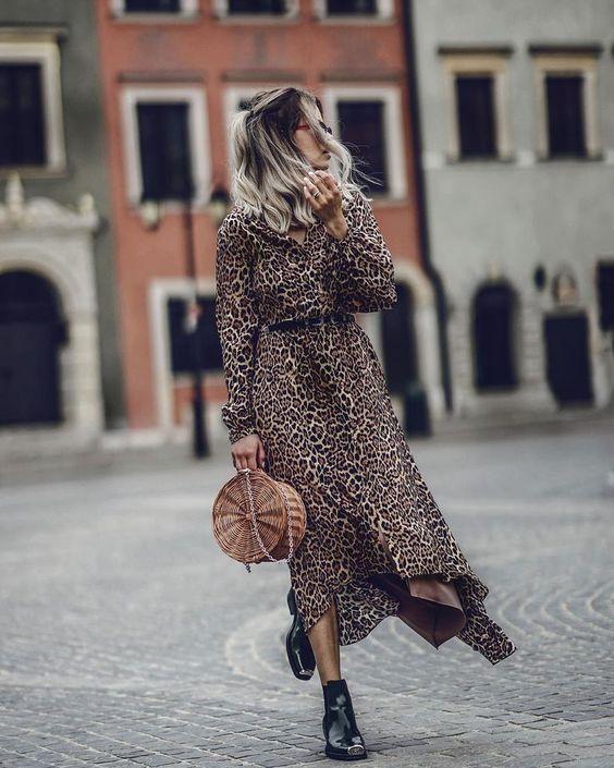 """4,486 curtidas, 125 comentários - Fashion•Travel•Coffee Lover (@jdfashionfreak) no Instagram: """"Free time 💥 Jakie plany na majóweczke ;>? Ja z rodzinka w Brodnicy :) Sukienka @selflove_official…"""""""