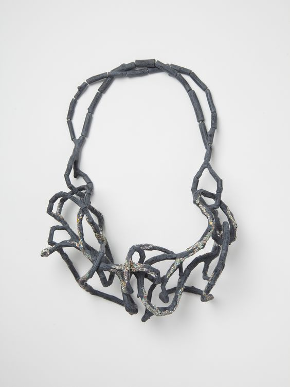 Carina Chitsaz-Shoshtray, Confused Brand, 2015, necklace, 9 x 33 x 25 cm, photo: artist: