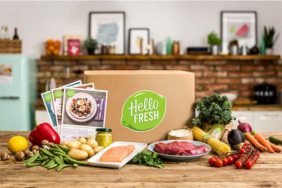 Hello Fresh Food Box with Recipes and Ingredients for 2 or 4 People: