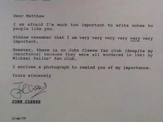 Fanpost erwidern wie ein Boss – Was John Cleese einem 14-jährigen Fan antwortete