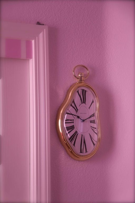 Clock For An Alice In Wonderland Themed Nursery Alice In
