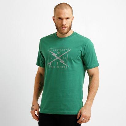 Na hora de se vestir para curtir o dia, não fique na dúvida! A Camiseta Free Surf Concept Wind Verde proporciona originalidade e cai bem com diversos momentos. | Netshoes