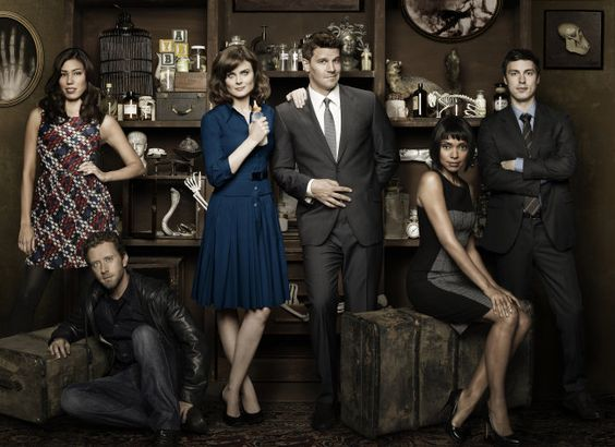 The new-ish cast of Bones. Angela, Hodgens, Bones, Booth, Cam, and Sweets!