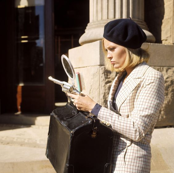 "Faye Dunaway on the set of ""Bonnie and Clyde"""