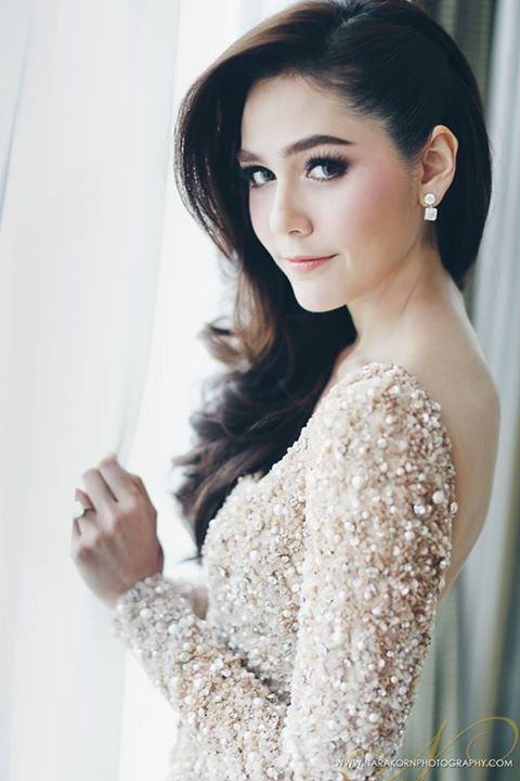 Araya A Hargate Thailand Actress Elliesaabhautecoutur