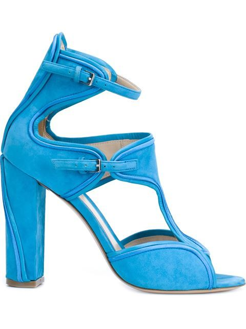 MONIQUE LHUILLIER buckled chunky high heel sandals. #moniquelhuillier #shoes #sandals