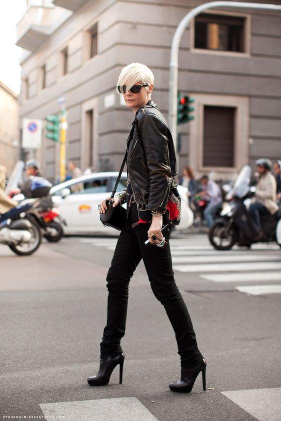 Velvet Warning: KATE IN MILANO