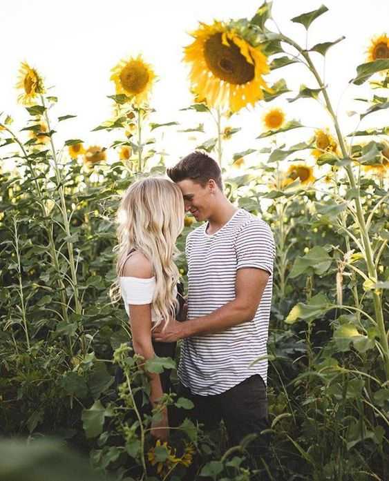 (notitle) | How To Take Engagement Photos At Night | Engagement Photo Dress | Bridesmaid Dress Rentals | Wedding Photography Preparation Checklist. #freeconsultations #Photography: Couples