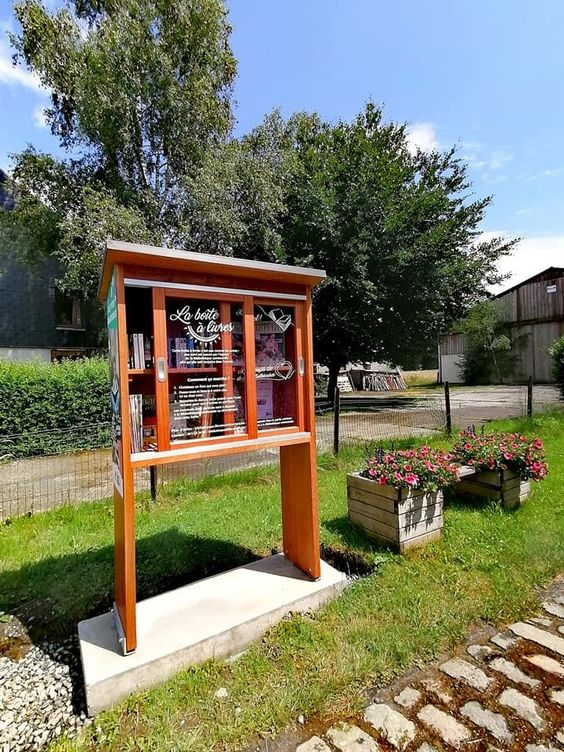 Ptite bibliothèque Libramont-Chevigny - Rondu
