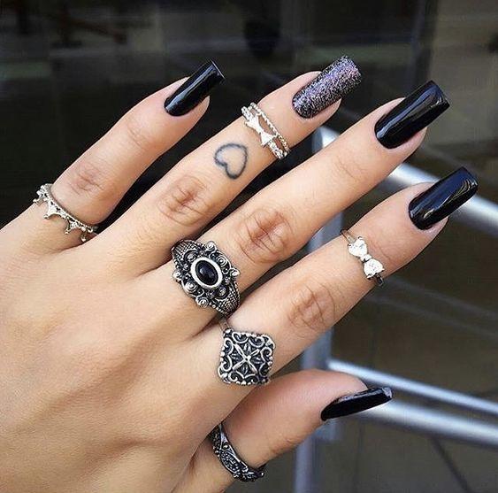 anel de falange, anel de prata, anel de prata com pedra, anel de prata feminino, anel solitário, Como escolher o anel perfeito, Como escolher o anel perfeito para o seu tipo de mão