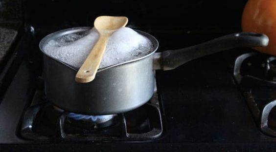 This Nifty Trick Stops Pasta Water from Boiling Over