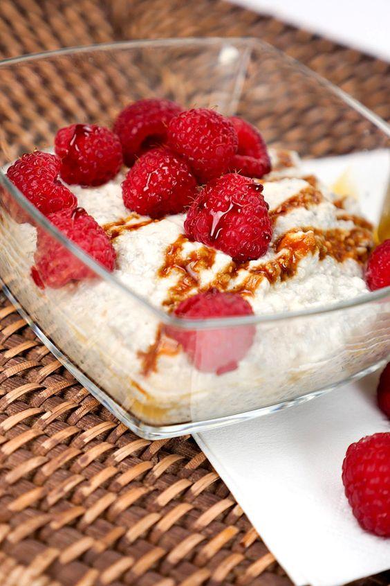 Chia-Kokosmus mit Himbeeren - Gaumenfreundin.de Foodblog