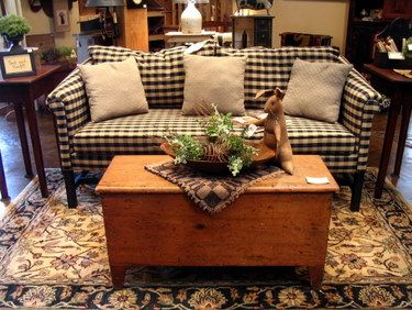 I Love The Black Check Couch With Pillows Like The Rug As Well My Primitive Style