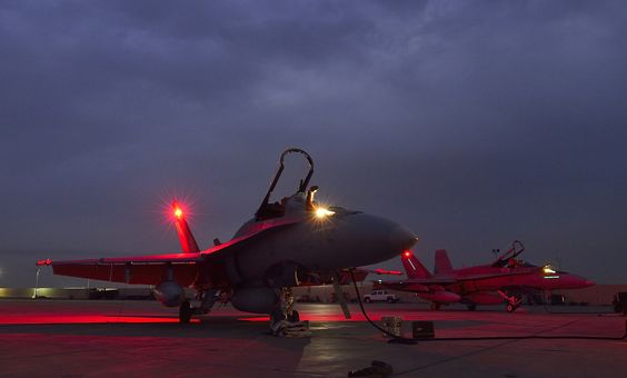 Photo: © ARC - Canadian CF-188 Hornets stationed in Kuwait