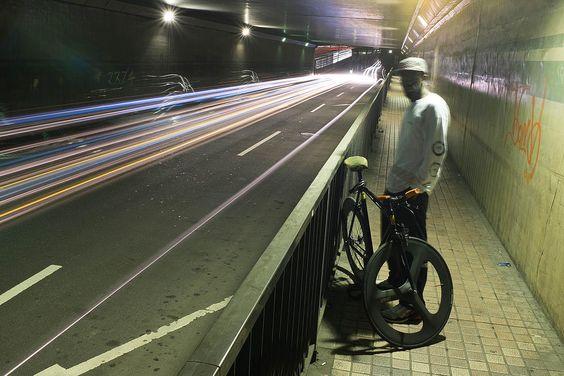 ピストバイク 東京 西麻布 FIXED GEAR PISTBIKE | About