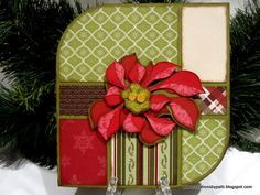 pointsettia christmas card, i've never seen a layout like this one. Wow!