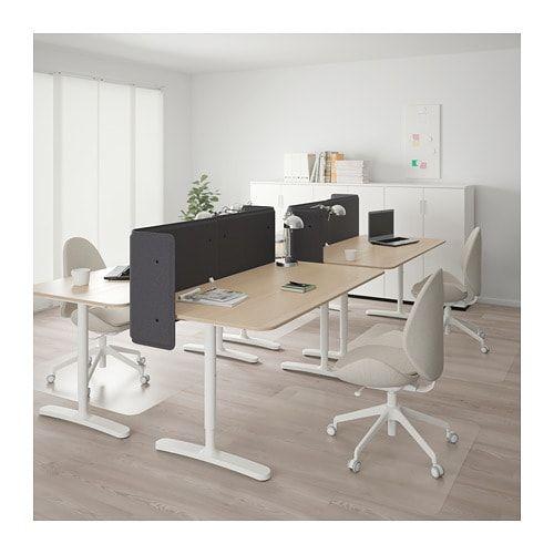 Bekant Schreibtisch Mit Abschirmung Eichenfurnier Weiss Lasiert Weiss Ikea Deutschland Buromobel Design Innenausstattung Buro Buroschreibtisch