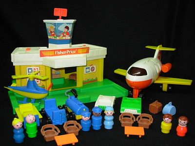 COMPLETE Vintage Fisher Price Little People #2502 PLAY FAMILY AIRPORT | eBay