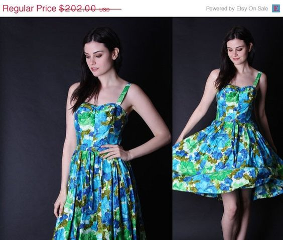 ON SALE 50% Off - Vintage 1950s Dress - 50s Hawaiian Dresses - Tropical Floral  Dress  - 2848