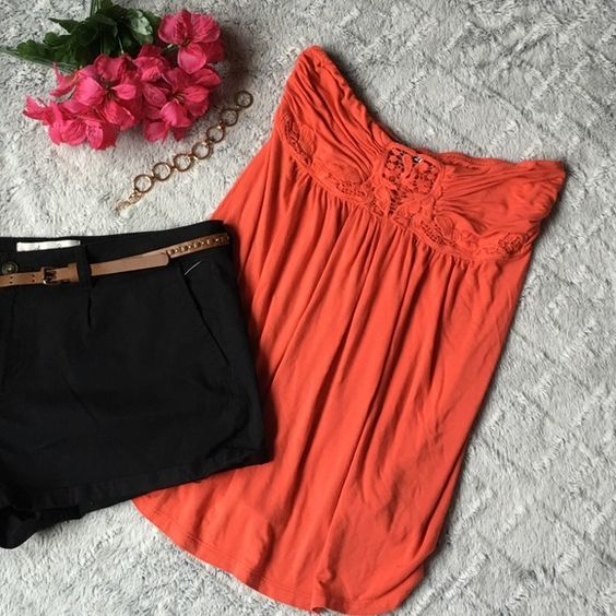 Forever 21 Orange Tube Top Very cute Forever 21 tube top, pair it with your favorite shorts or jeans, perfect for summer! There is one small stain on the left side refer to 4th photo. Hand wash only. Forever 21 Tops Tank Tops