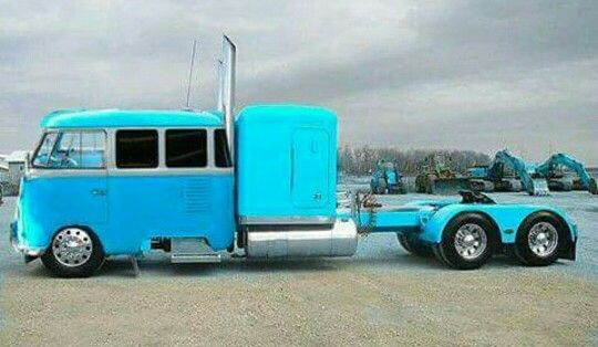 If I Ever Change Careers And Become A Truck Driver I Want One Of These Bus Girl Truck Driver Trucks