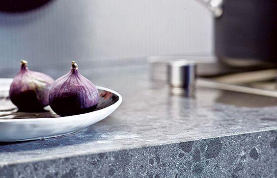 Mit Qualität in Design bieten Caesarstone Arbeitsplatten eine Auswahl für edle Oberflächen. Kunststein bzw. Caesarstone Arbeitsplatten glänzen in allen Punkten.   http://www.caesarstone-deutschland.com/preise-supremo-caesarstone-preise
