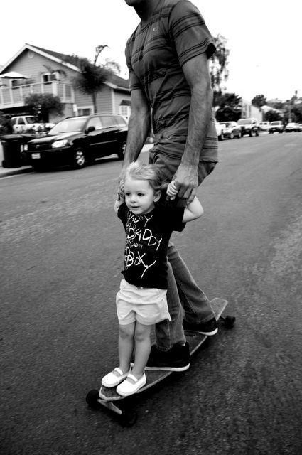 親子でスケートボード