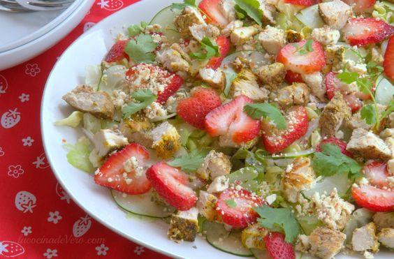 #Ensalada con pollo y fresas