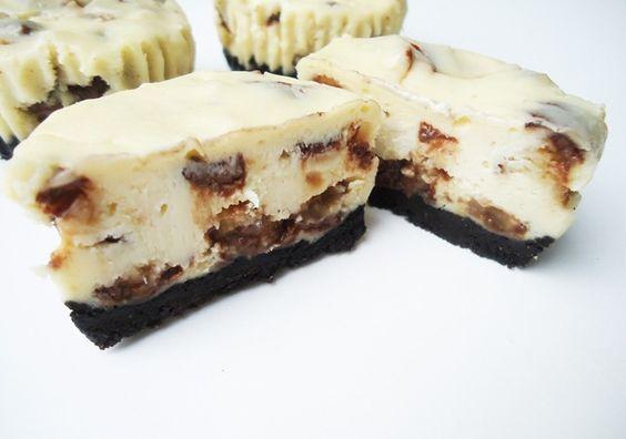 Twix cheesecake recipe