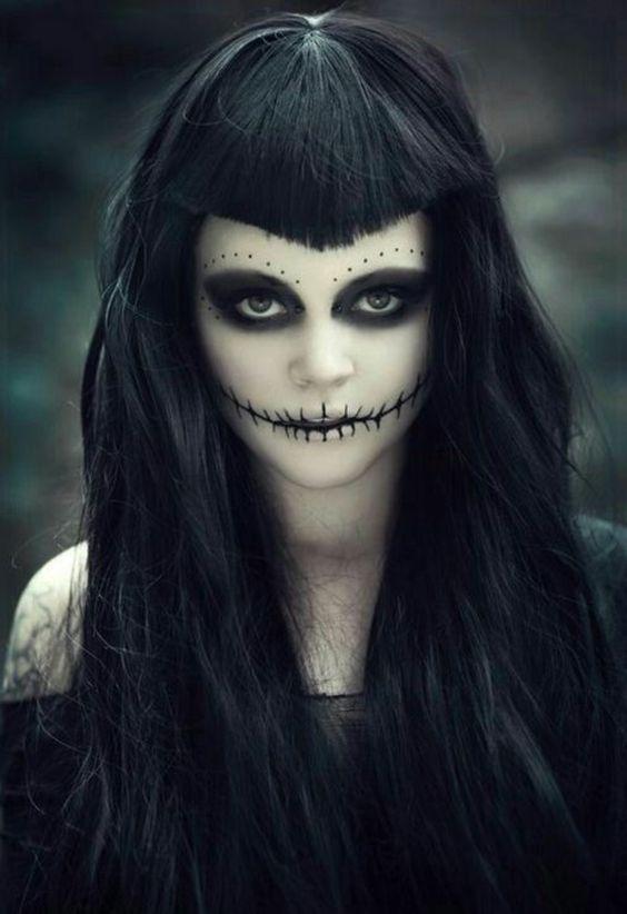 Un autre maquillage d'Halloween flippant mais pas trop écoeurant.