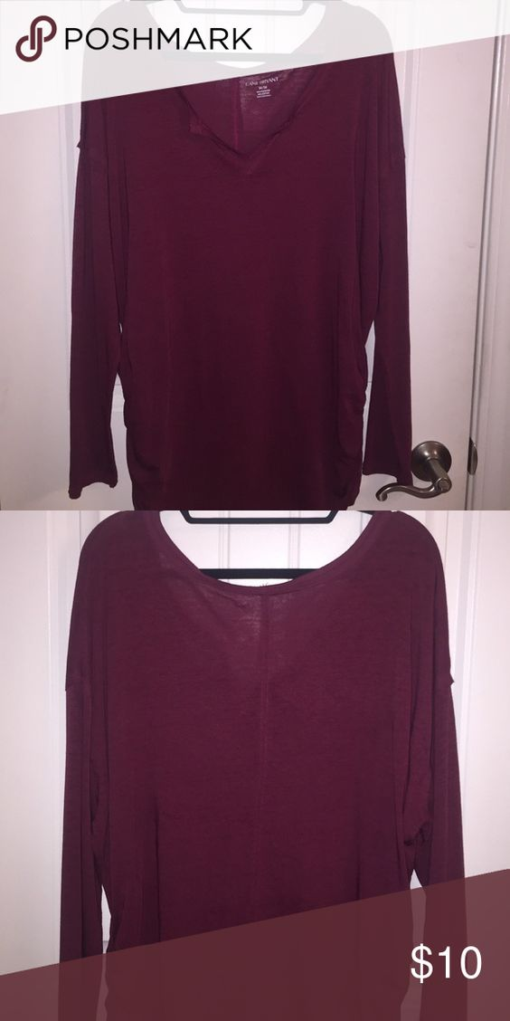 """Long Sleeve Tee Lane Bryant long sleeve tee. It's is maroon in color with a v neck. I bought it without trying it on and it doesn't fit 😔 but feel free to add it to your closet by clicking the """"buy now"""" option!😉 Lane Bryant Tops Tees - Long Sleeve"""