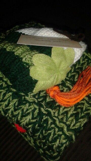 Irish themed snuggie hat set