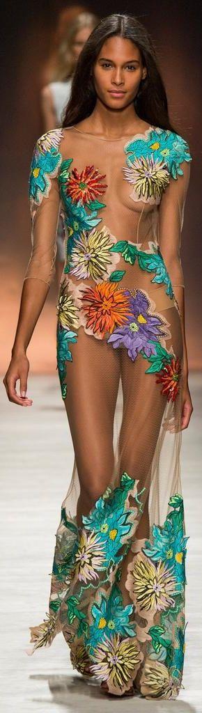 Blumarine Spring 2015 Ready-to-Wear Fashion Show