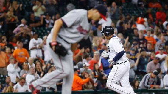 MLB Gamecast - Twins vs Tigers.  Tigers 4 - Twins 2