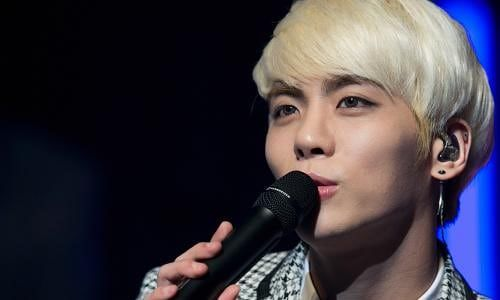 Kim Jong Hyun Shinee Star Dies Amid An Unforgiving K Pop Industry K Pop Pop Bands Jonghyun Singer