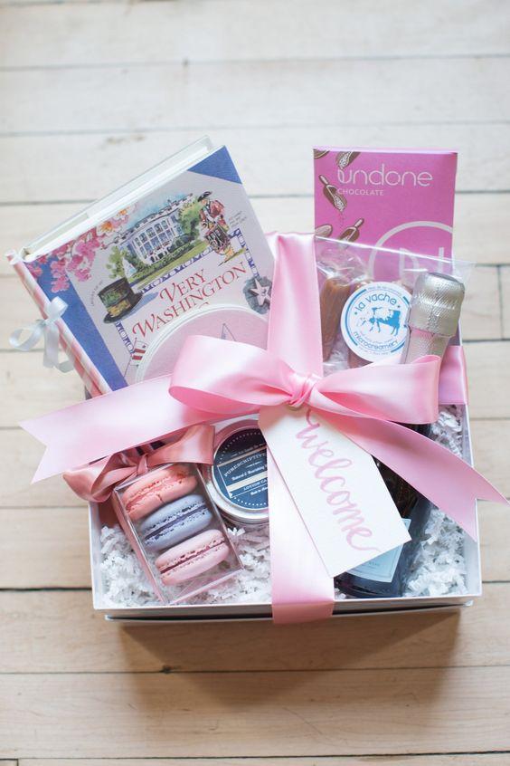 Gift Ideas For Destination Wedding Couple : ideas wedding boxes welcome gifts welcome gift basket destination ...