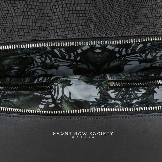 Front Row Society Totem Bucket Bag Mixed Black Grassy Dreams at Fashionette