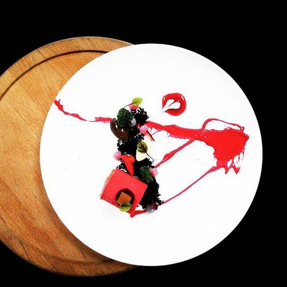 Raspberry   Oreo Crumbs   Ginger Torch Plated by @edwindsastramiharja #ritzcarlton #pastryrcpp #jakartapacificplace #gastroart #foodporn #foodpic #foodphotographer #foodgasm #foodlover #foodart #dessertinstagram #dessertporn #dessertagram #dessertmasters #plateddessert #theartofplating #moderndessert #dontshootthechef #chefsoninstagram #gourmetartistry #luxury #oreo #pastrtchef #pastrypassion by pptjkt