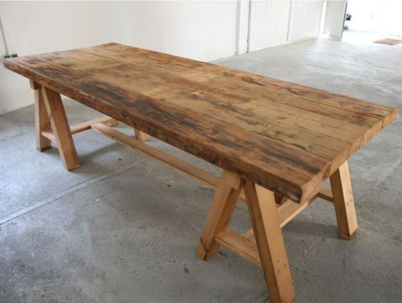 Mesa de tablones de madera mesa tablon pinterest mesas for Mesas vintage