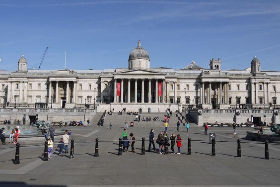 London - Trafalgar Square - National Gallery