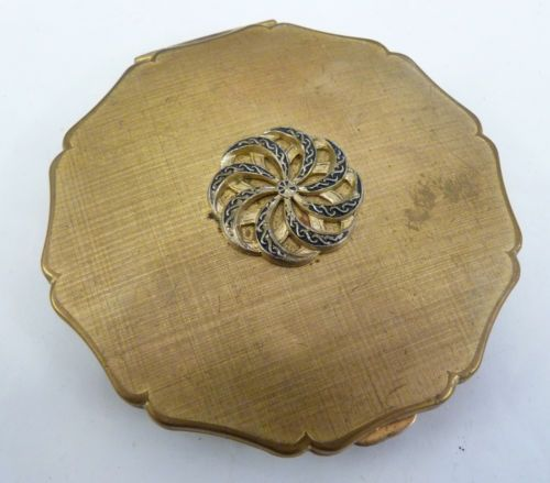 Vintage Stratton Powder Compact www.shopatstfrancis.co.uk