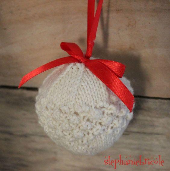 tricoter des  boules de Noël                                                                                                                                                                                 Plus
