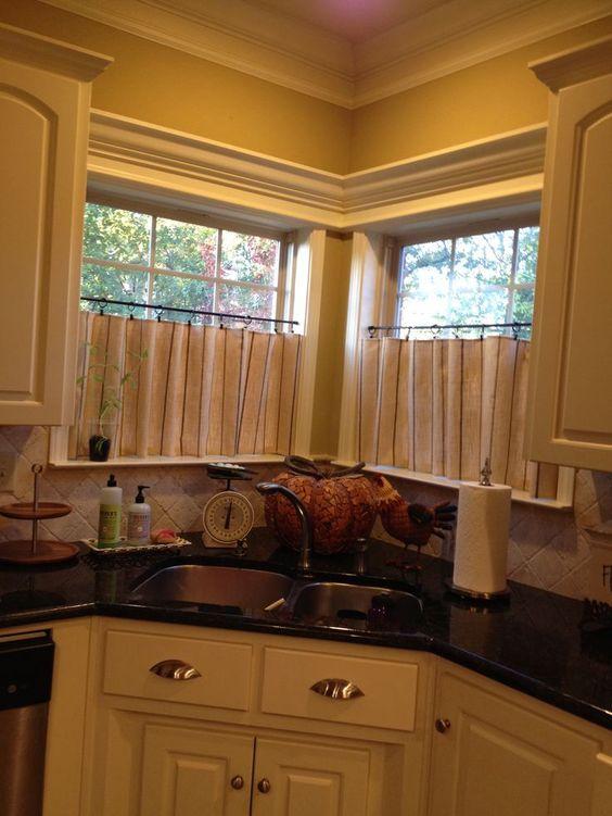 Corner Kitchen Window Treatment Ideas | Café curtains for kitchen ...