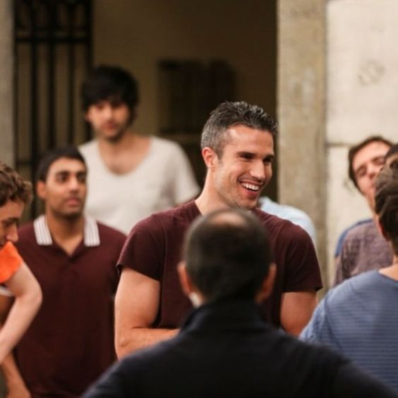 Robin Van Persie on the shoot of the new Pepsi #FutbolNow commercial