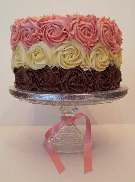 ... frosting techniques cakes frostings rose swirl cake swirl cake roses