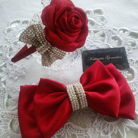 Tiara e Laço pro vestido  #tiara #lacos #lacinho #floweroftheday #flores #flor #red #vermelho #perolas #acessoriosdivos #acessoriosdeluxo #acessoriosdecabelo #babylinda #babies #detalhes #osnossosdetalhesfazemtodaadiferença #minidiva #minifashionista #inlove #bordado