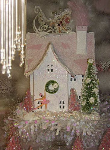 Santa's Sleigh House in Pink